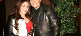 Víctor Manuelle con Stefania Serna